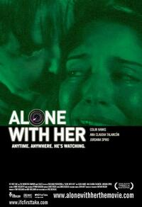 Bild Alone with Her