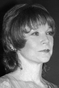 image Shirley MacLaine
