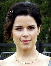 image Neve Campbell