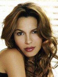 image Nadine Velazquez