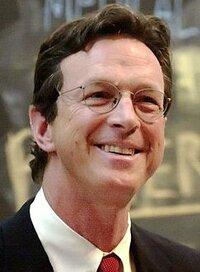 image Michael Crichton
