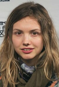 image Hannah Murray