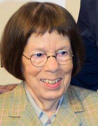 image Linda Hunt